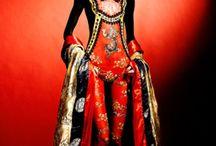 """Her Majesty.. """"The Dress"""""""