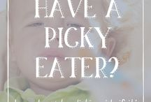 Picky Eater's Activities / Activites to do with your picky eating baby, toddler or child. Sensory activites and products to help with picky eating. Picky eating guides.