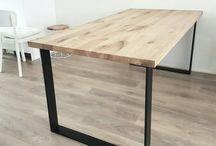 Jedalensky stôl