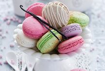 macaroons... / by Dorninie