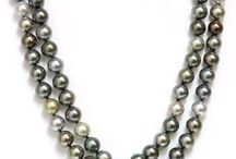 Opera pearl necklaces / Opera pearl necklaces always can add a touch to your outfit, tahitian south sea and akoya pearls are a lovely addition to any jewelry collection