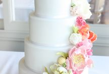 Cake Flowers / Cake flower ideas by Beautiful Blooms by Jen or inspiration for our future brides.