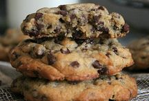 COOKIES chocolate chip / by Jo Ross
