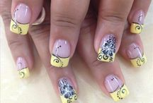 Things to Wear / nails
