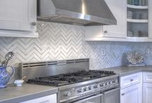 Herringbone Style / Incorporating a herringbone pattern into your home, whether it be a backsplash, flooring, or decor.