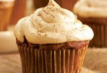 Cupcakes / by Shelly Stegall