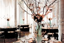 Centerpiece & table decor / by Cydne Wright