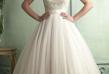 Wedding Dress / by Erika Rodriguez