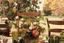 Table Settings / Create the perfect and inviting table to wow your guests.