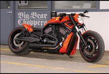 "V-Rod Harley ""Toro Rosso"" Designed by Vida Loca Chopper / V-Rod Harley Toro Rosso Designed by Vida Loca Chopper in 2009"