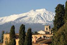 #TAORMINA / A pie del Etna. Lugar de descanso para patricios y senadores romanos.