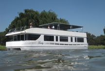 Houseboat Charters / Luxuary Houseboat for 8-10 guests offering self-catered or fully catered accommodation.  Expearience the Vaal river like never before :-)
