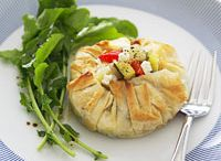 RECIPES - LIGHT MEALS / by Kate Mullooly