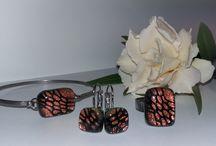 Üvegékszerek-Glass jewellry