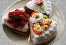 Crochet + knitting - play food / by Andrea Cuda