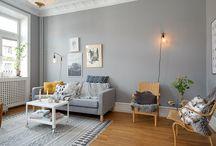 Interior: Oak hardwood flooring