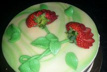 Cake classes / Cakes made in the classes at Fabulicious baking school