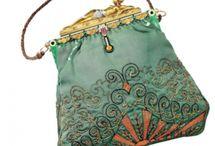 V I N T A G E  ||  S A C.  Á.  M A I N / Vintage handbags