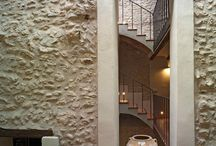 Besalduch House / Renovation of a medieval residential house in historical center.