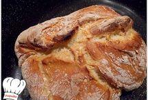 Φτιάχνω ψωμάκι .