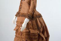 Old maternity fashion