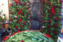 Funeral Flowers / Royal Fleur Florist is a family owned local flower shop offering custom funeral flowers arrangement.
