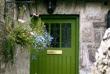 Doors - Türen - Portas / Windows - Fenster - Janelas