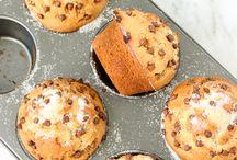Cupcake e biscoitos decorados