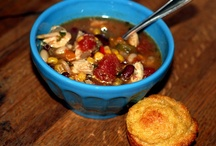 Food: Soups / by Cindy Rogers