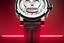 Clima de Halloween / Confira a nossa seleção de relógios macabros para entrar no clima do Halloween!