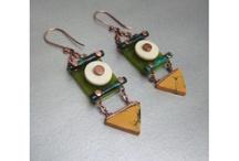 Jewellery War / Jewelleries