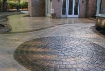 Stamped Concrete Circles / We are a concrete contractor supply store with a selection of decorative concrete solutions to choose from. We also have the tools & supplies needed for the do it yourselfer. Visit our showroom today.
