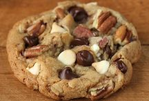 Food - Cookies / by Candace Hales