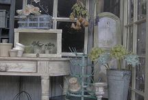 Dollhouse brocante / by Alicia Msv