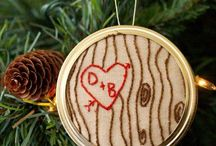 Valentines Day & Wedding Cross Stitch/Embroidery / Find here some lovely free patterns and creative ideas for romantic love declarations. Perfect for wedding gifts, Valentines Day Decoration or just a present to say I love you to someone special. Have fun!