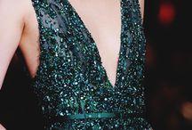 I want a reason to wear pretty dresses / by Megan Broeren