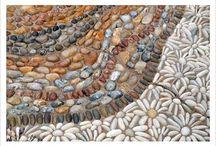 Pebble paned yard