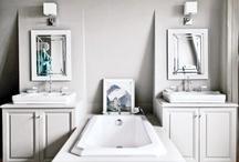 LOVE Bathrooms / by Amy Jensen