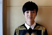 Luhan black hair