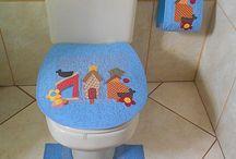 koupelnové a toaletové sady