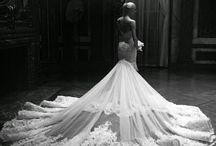 Chic Dresses: Romona Keveza