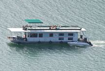 Houseboating on Dale Hollow Lake