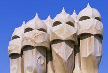"""Antoni Gaudi - Casa Mila """"La Pedrera"""""""