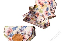 Campo dei Fiori for women and girls / A deliciously young at heart floral design digitally printed on a soft and supple nappa lambskin leather.  A collection of lightweight #leatherhandbags and #leatherwallets which are just perfect for the ladies - no matter what their age, from 2 - 90 these stylish delights from Florence Italy are designed to please.