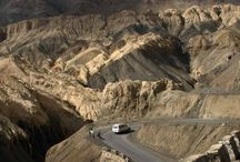 ROAD TRIP TO LADAKH: SELF-PLANNED ROAD TRIP VS GUIDED EXPEDITIONS / Summer is that time of the year when we'd like to escape the scorching heat and the city life and enjoy vacations. And, for those of us who are thrill-seeking and adventure-driven, and bored of mundane hotel stay and sight-seeing, a road trip to Ladakh and Leh is at least a once in a lifetime experience we look forward to. But, planning a road trip to Leh is not a walk in the park since chalking out the itinerary could be tedious and tricky.