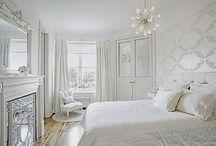 Dormitorios en Blanco / Aquí os dejo las ideas de dormitorios blancos que he colgado en mi blog y otras que ire pineando de otros lugares. Besos
