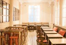 CONSELL DE CENT / Ubicado en la calle Consell de Cent 329, con este nuevo #restaurante Lateral emprende una nueva aventura. Se trata del primer local fuera de Madrid que abre el camino a una nueva etapa. Lateral en su apuesta por establecerse en otras localizaciones del territorio nacional ha elegido #Barcelona para comenzar su expasión.  Un local con personalidad propia, decorado al estilo de un bistró francés y con un proyecto de iluminación espectacular.