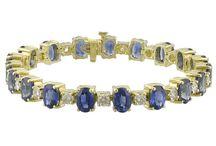 Hanukkah Gift Ideas / Jewelry gift ideas for Hanukkah.