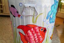 poubelles peintes