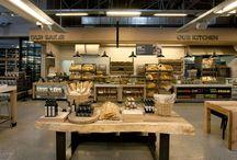 displays e precificadores / Referências e inspirações de displays de lojas, cafés e restaurantes.